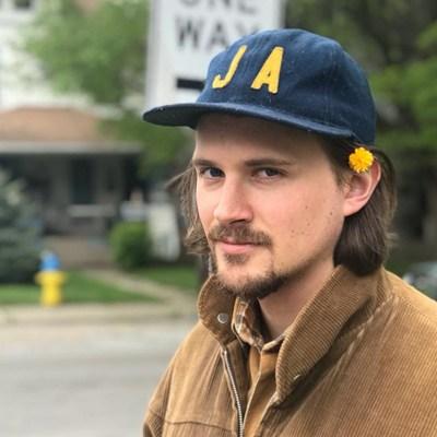 A photo of Isaac Knapp